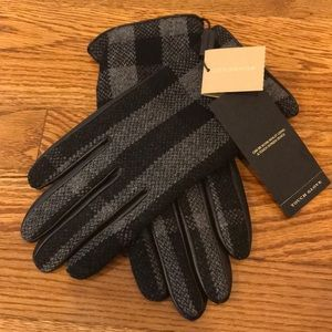 😎NWT😎 New Burberry Touch Screen Leather Gloves